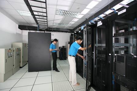 Tại sao các doanh nghiệp lại cần phải có máy chủ server 1